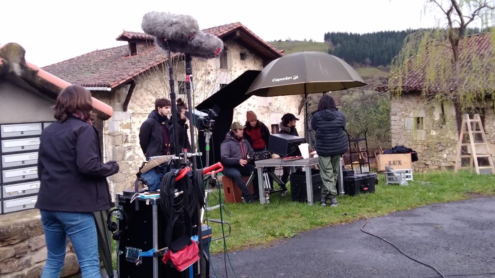 """ILARGI GUZTIAK"": FILMING RETURNS TO EUSKADI"